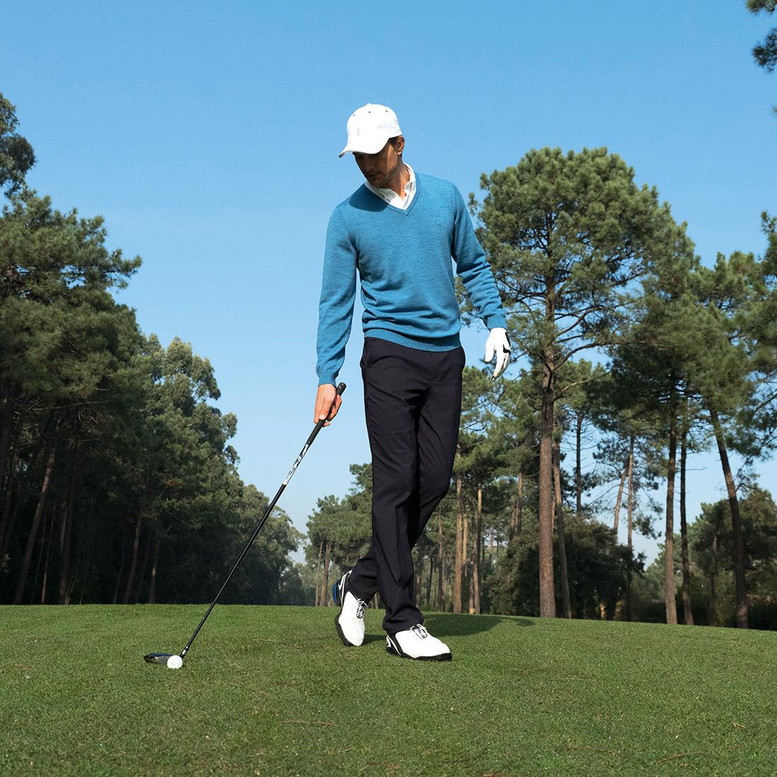 Merino Herren Golfpullover mit V-Ausschnitt in Regular Fit für höchste Ansprüche