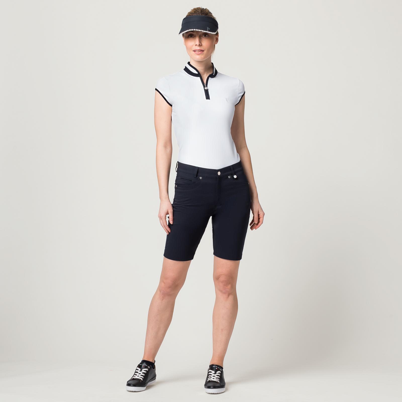 Damen Golf-Bermuda aus Stretch-Material in mittlerer Länge und Slim Fit