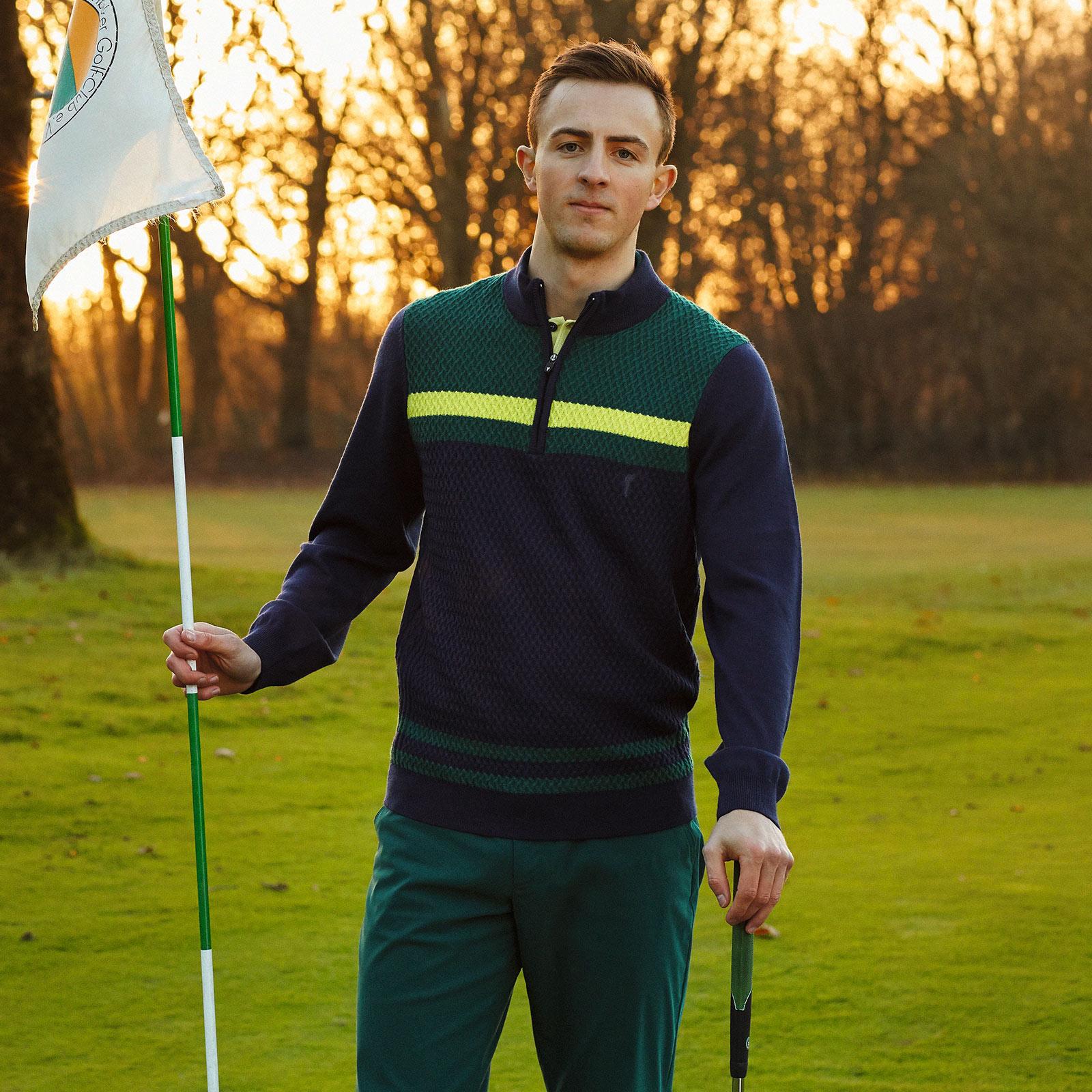 Herren Golfhose aus Stretch Funktionsmaterial für beste Bewegungsfreiheit