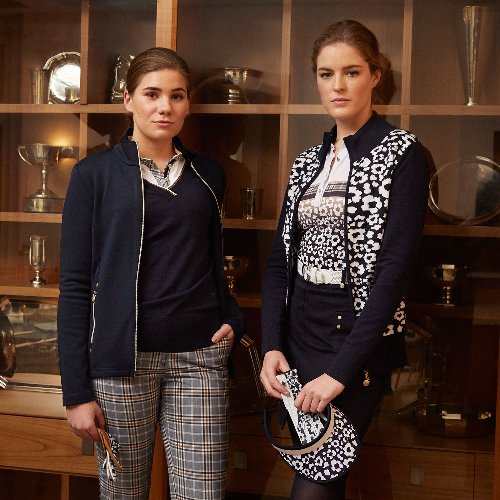 Design Damen Golfskort mittlerer Länge mit Stretchfunktion und Nietenbesatz