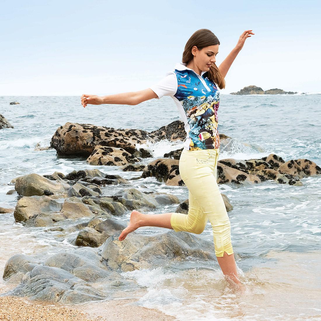 Under The Sea Damen Kurzarm Golfpolo mit großem Print und Stretchfunktion